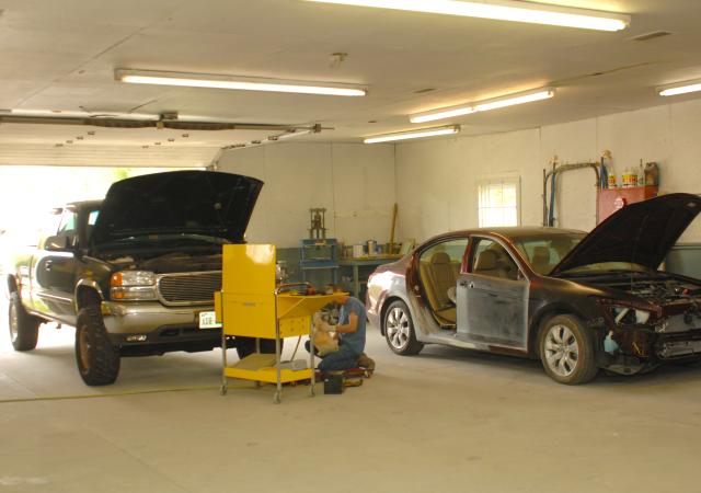 1-garagearea2